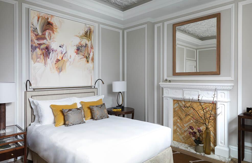 Belmond Cadogan Hotel GUESTROOM